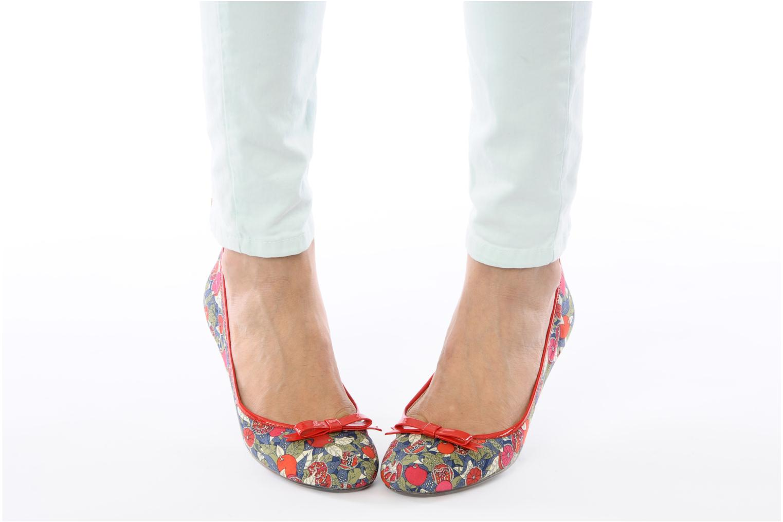 Ballet pumps Mellow Yellow Lardenia Red view from underneath / model view