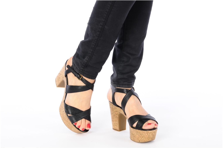 Sandales et nu-pieds Nine West Guessagain Noir vue bas / vue portée sac