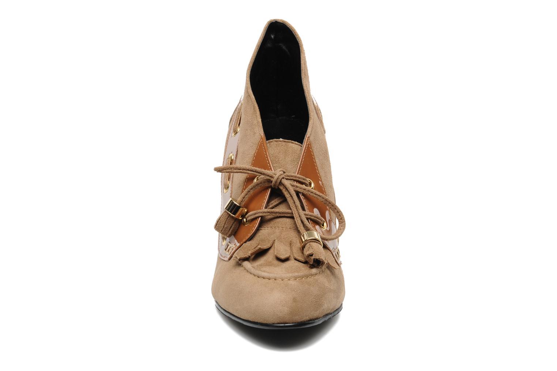 Bottines et boots Sebago & Gaspard Yurkievich Yasmee Beige vue portées chaussures