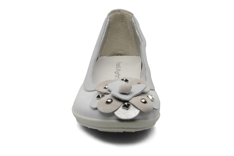 Ballerines Rose & Martin HARMONY Gris vue portées chaussures