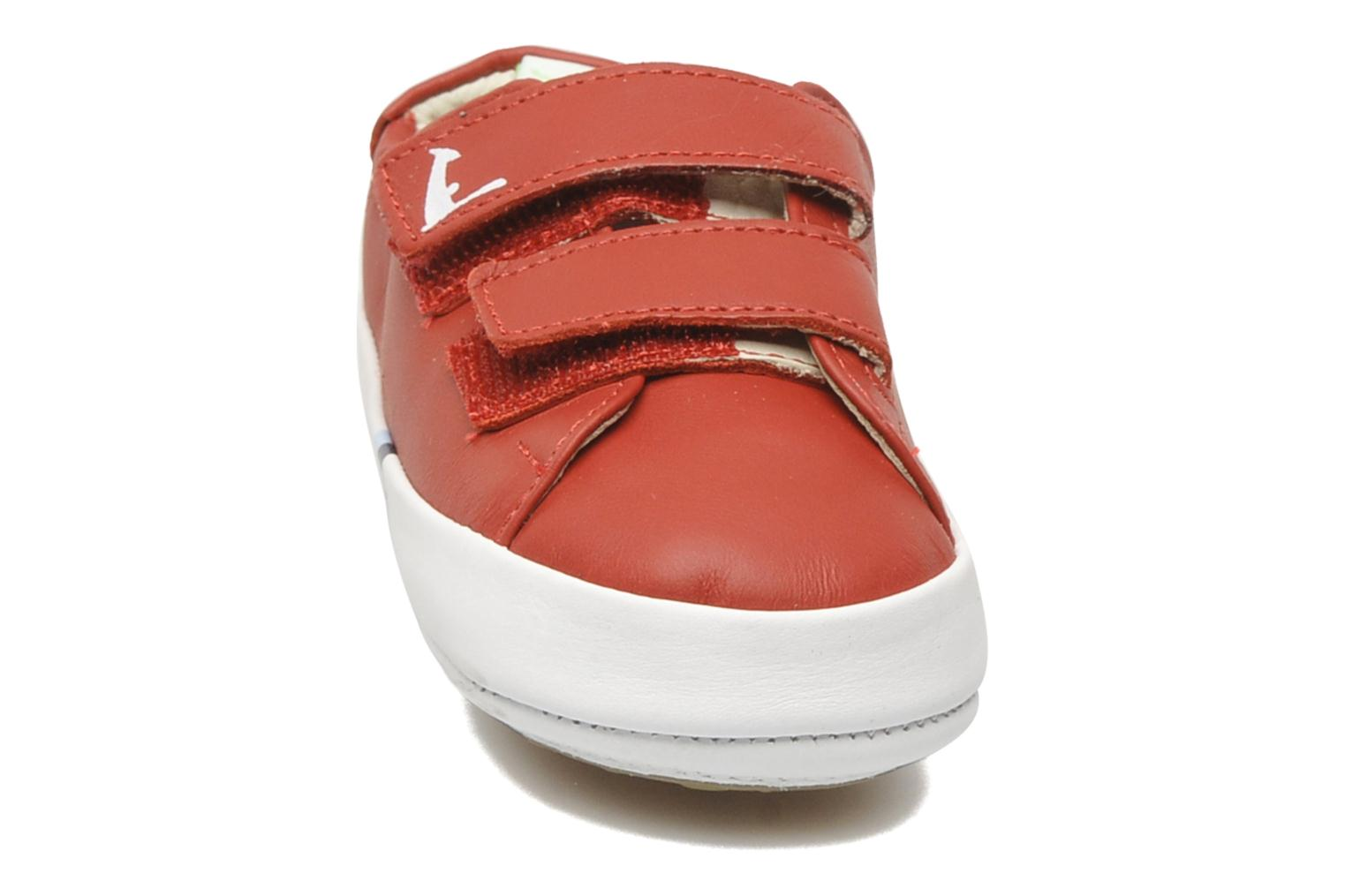 Baskets Tip Toey Joey New Flashy Rouge vue portées chaussures