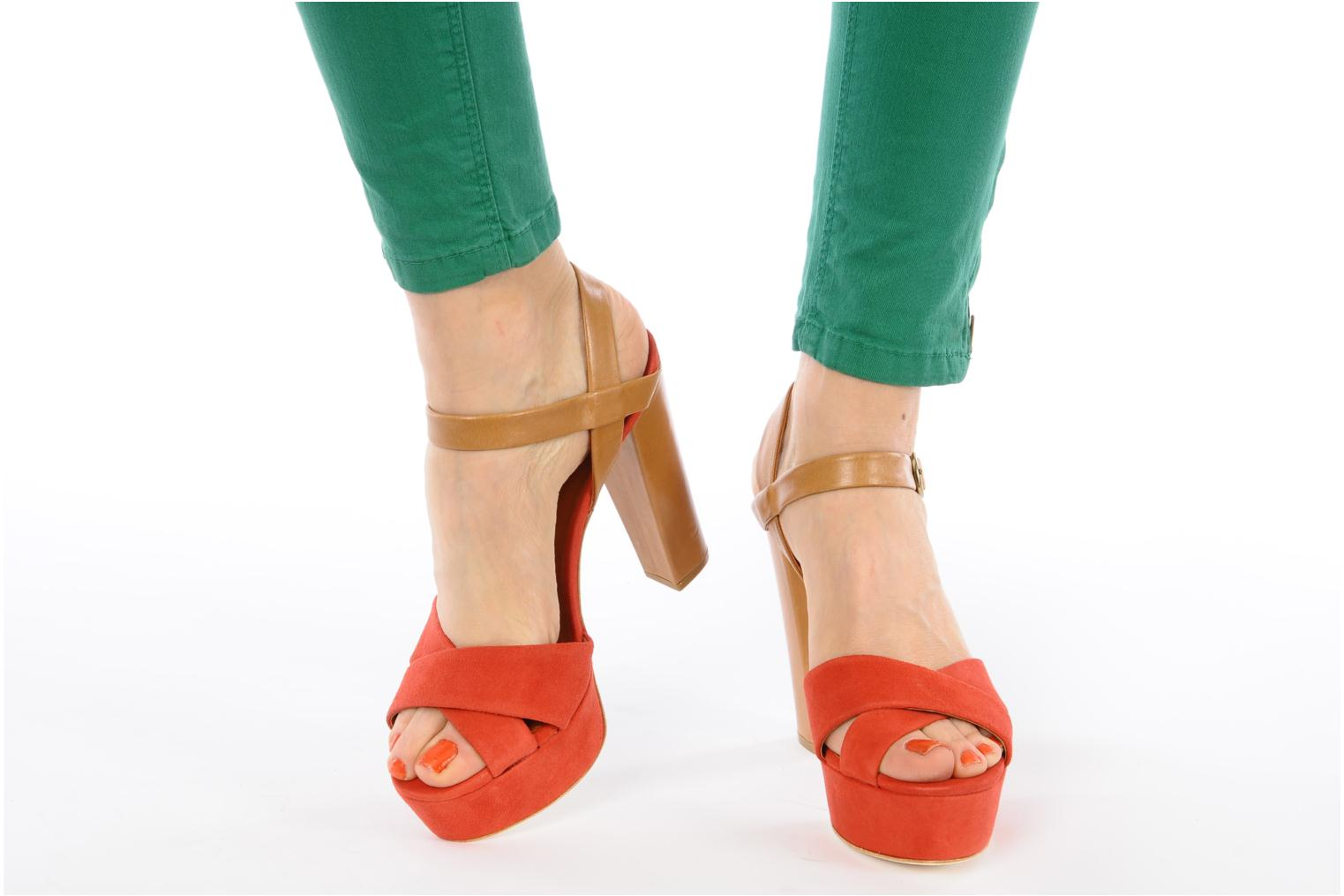 Sandals Pour La Victoire Neysa Red view from underneath / model view