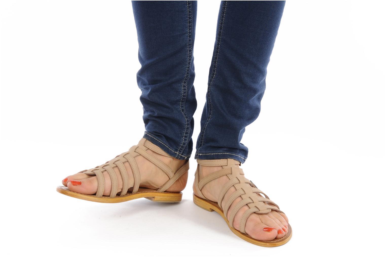 Sandalen Les Tropéziennes par M Belarbi Hortense beige ansicht von unten / tasche getragen