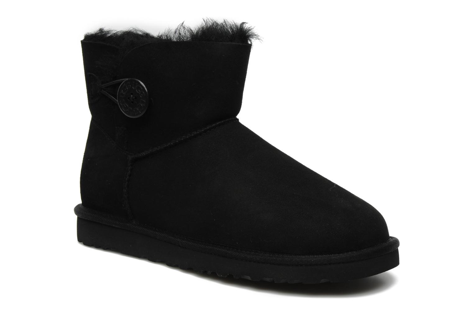 Ankle boots UGG Mini bailey button Black detailed view/ Pair view