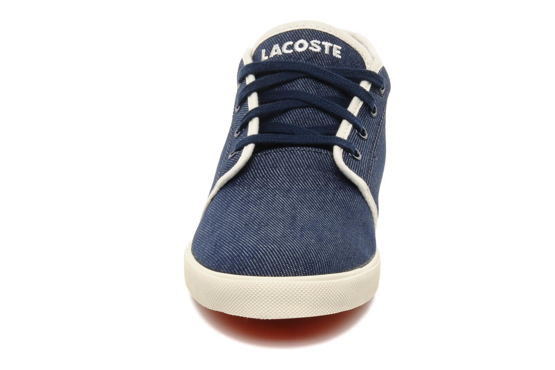 Sneakers Lacoste Ampthill Tk Azzurro modello indossato