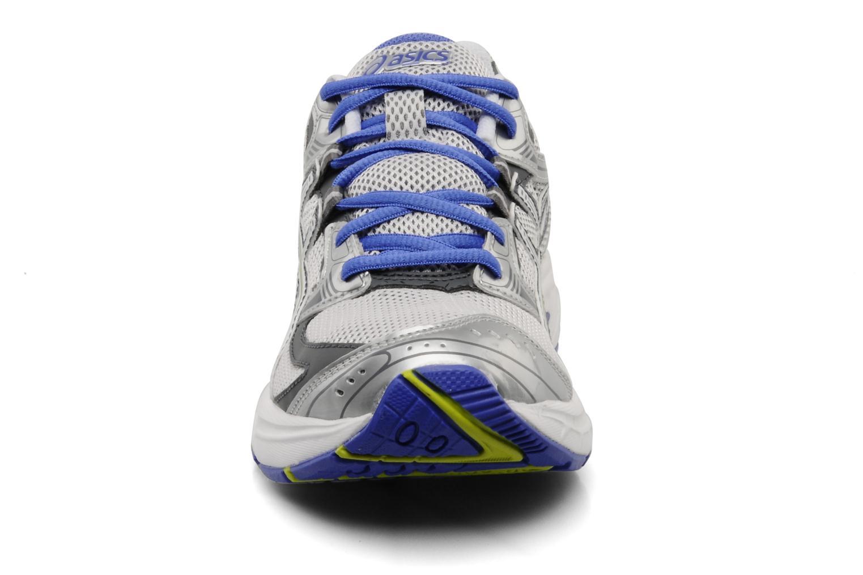 Chaussures de sport Asics Lady Gel Oberon 6 Gris vue portées chaussures
