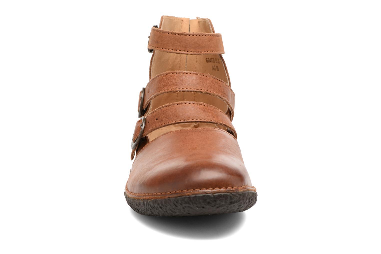 Ballerines Kickers HONORINE Marron vue portées chaussures