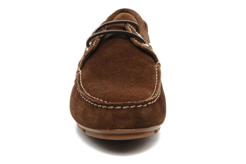 Chaussures à lacets Geox U lux B Marron vue portées chaussures