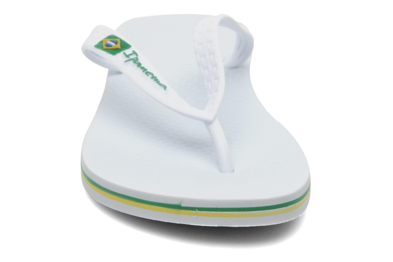 Tongs Ipanema Classica Brasil II f Blanc vue portées chaussures