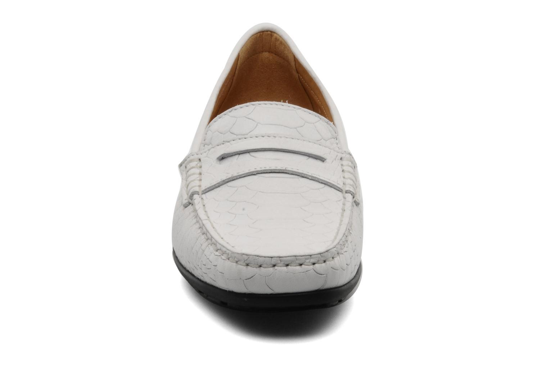 Mocassins Mephisto Ninon Blanc vue portées chaussures