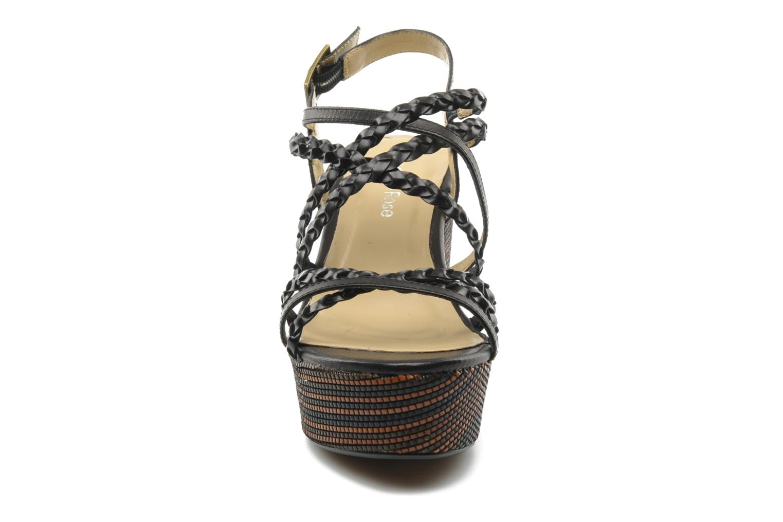 Sandales et nu-pieds Georgia Rose Sabrini Noir vue portées chaussures