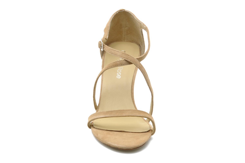 Sandalen Georgia Rose Soara beige schuhe getragen