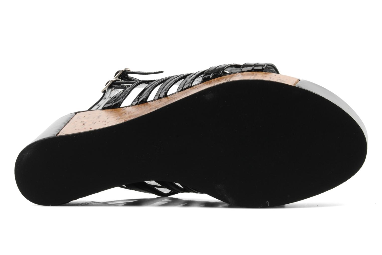 Sandals Free Lance Daphne 7 sandalstrap Black view from above