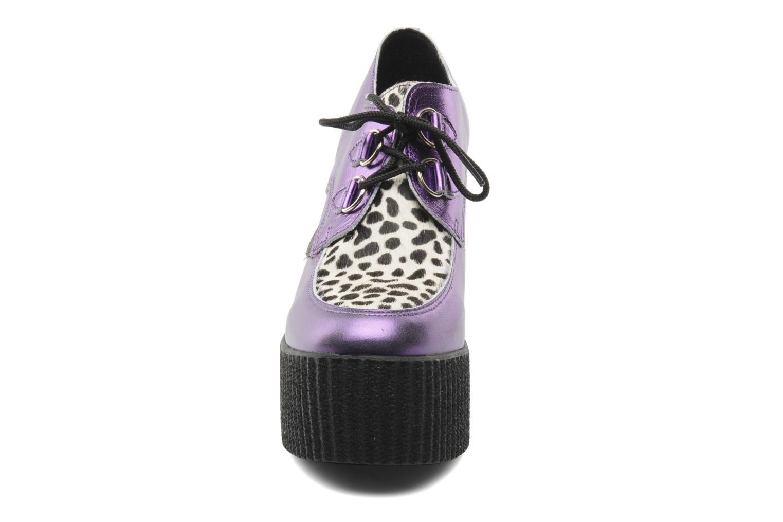 Scarpe con lacci Underground Flashies Viola modello indossato