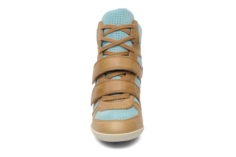Baskets Ash Bea Beige vue portées chaussures
