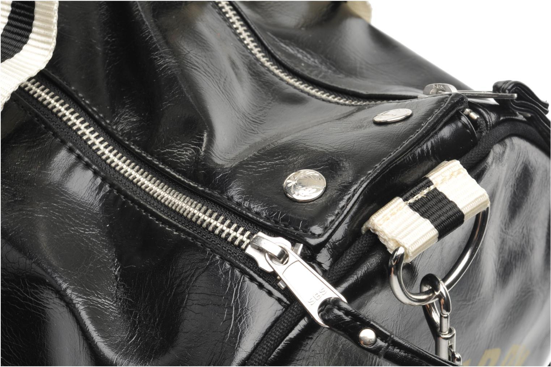 Sacs de sport Fred Perry Classic Barrel Bag Noir vue gauche