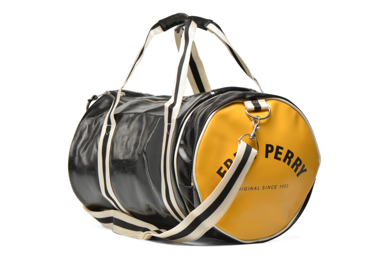 Sporttaschen Fred Perry Classic Barrel Bag schwarz ansicht von rechts