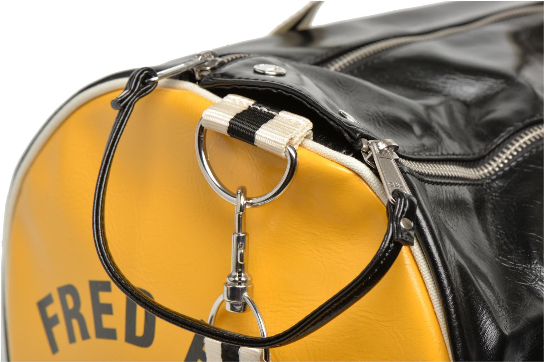 Sporttaschen Fred Perry Classic Barrel Bag schwarz ansicht von hinten