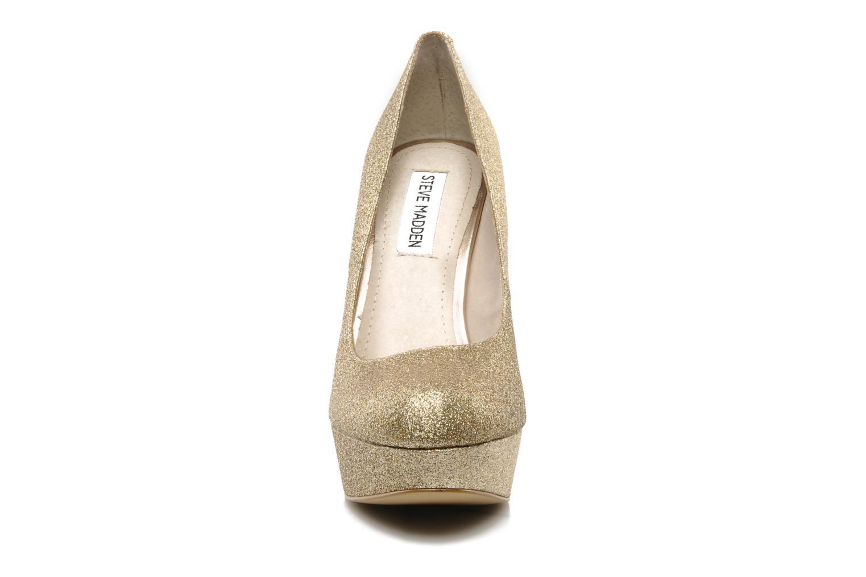Escarpins Steve Madden BEASST G Or et bronze vue portées chaussures