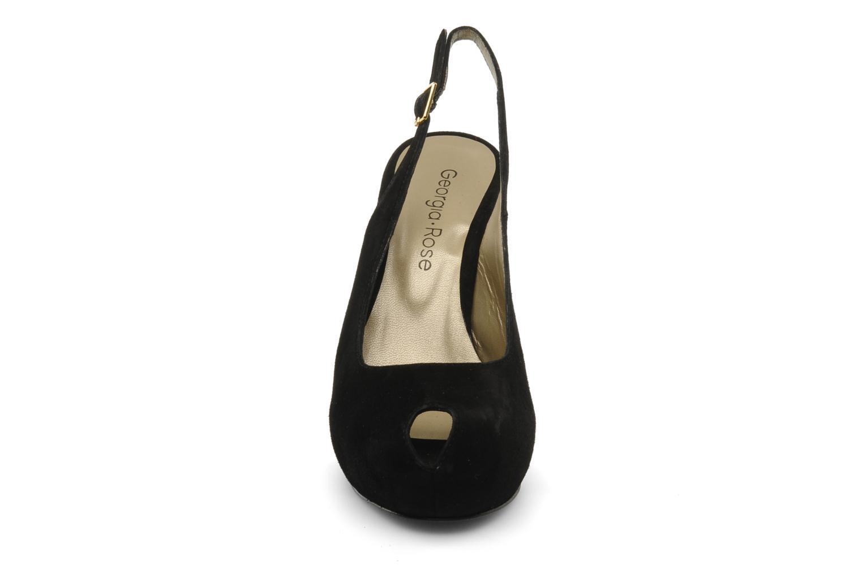Sandalen Georgia Rose Tyler schwarz schuhe getragen