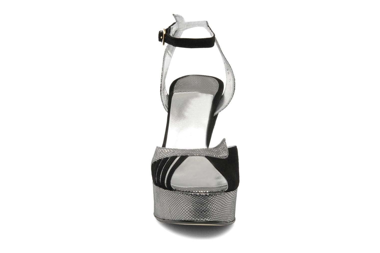 Sandalen Terry de Havilland MARGAUX LOW schwarz schuhe getragen