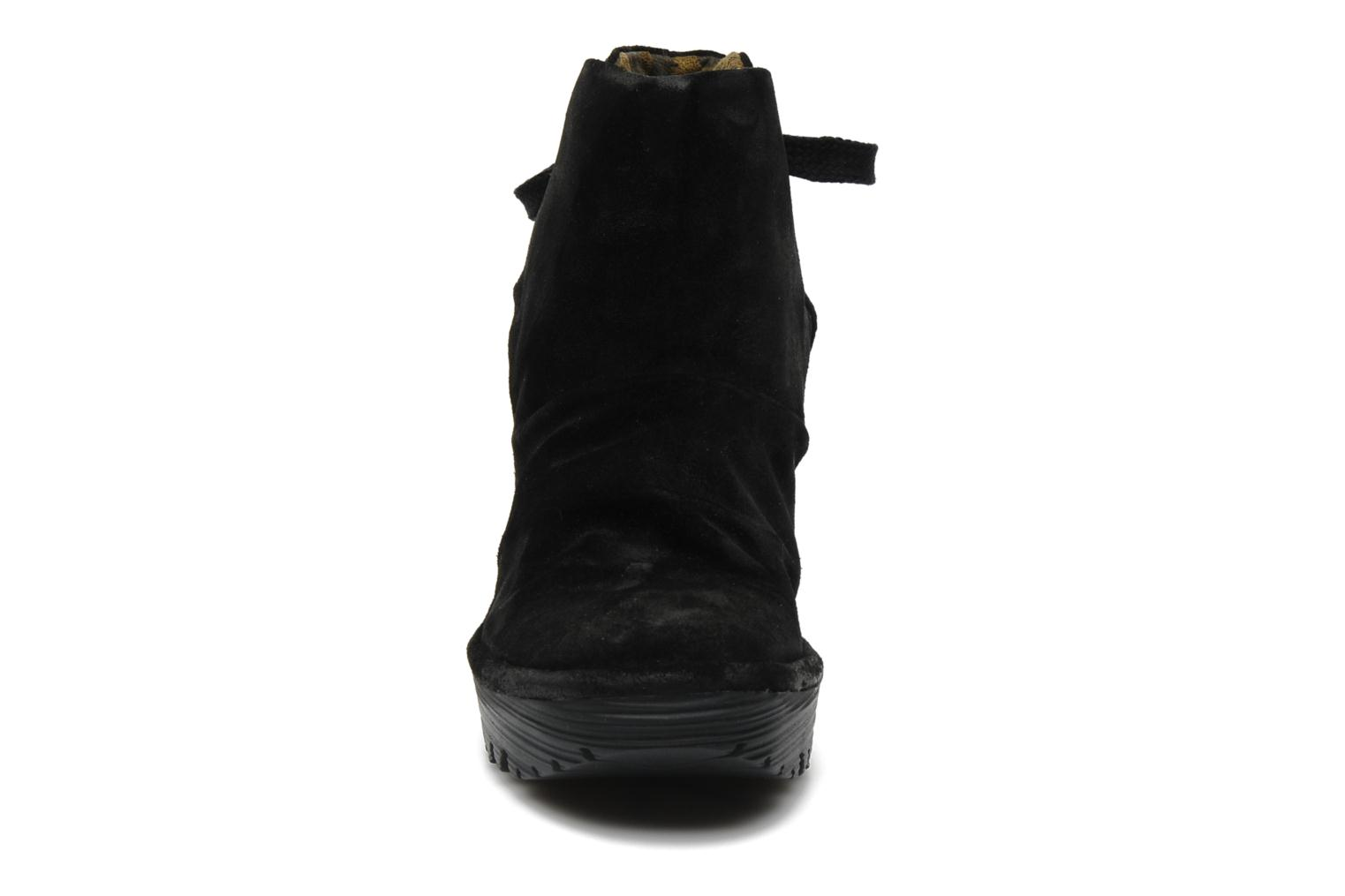 Ankle boots Fly London Yama Black model view