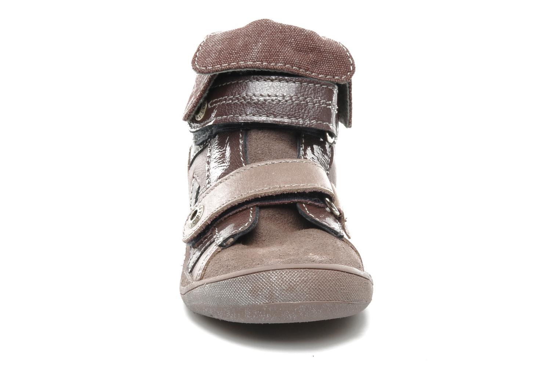 Chaussures à scratch Babybotte actor F Violet vue portées chaussures