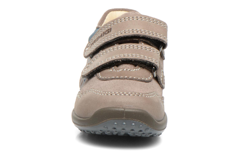 Chaussures à scratch Primigi Albin Gris vue portées chaussures