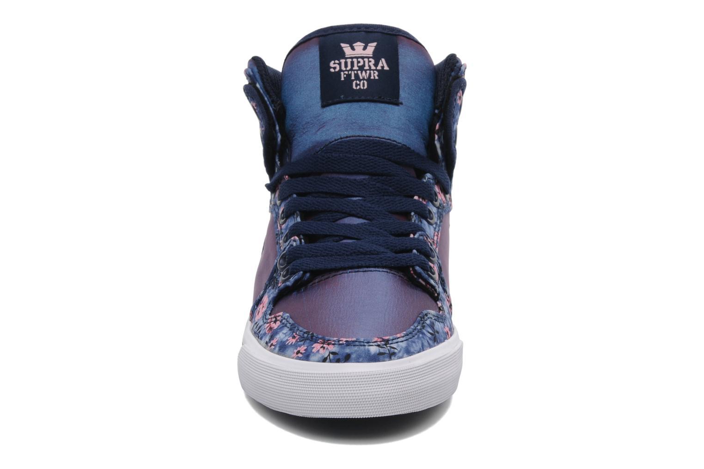 Sneaker Supra Vaider w mehrfarbig schuhe getragen