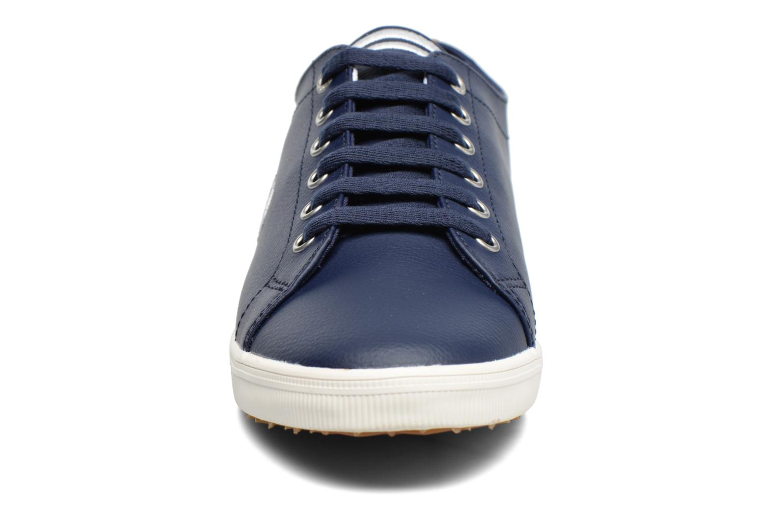Sneaker Fred Perry Kingston Leather braun schuhe getragen