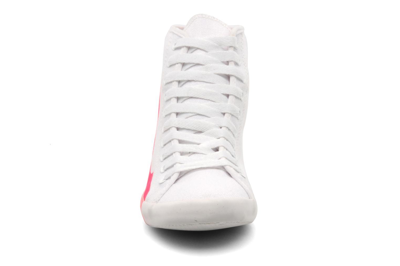 Sneaker Be&D Big City rosa schuhe getragen