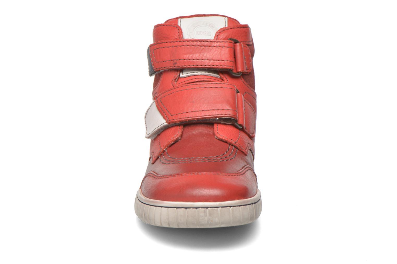mit Klettverschluss Kickers Winsor rot schuhe getragen