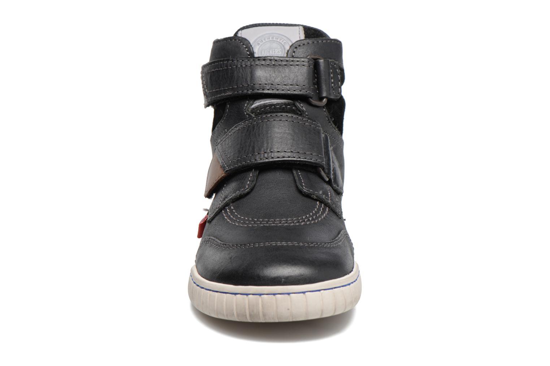 Chaussures à scratch Kickers Winsor Noir vue portées chaussures