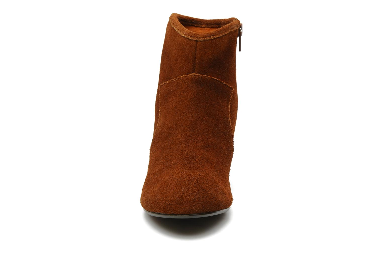 Ankle boots Georgia Rose Ipana Brown model view