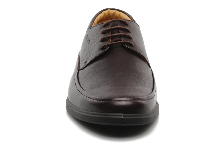 Chaussures à lacets Sledgers Joke Marron vue portées chaussures