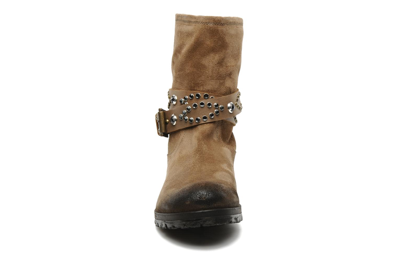 Ankle boots Folk'l Olexa Brown model view