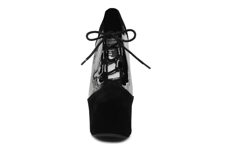 Scarpe con lacci Jeffrey Campbell NITECRAWL Nero modello indossato