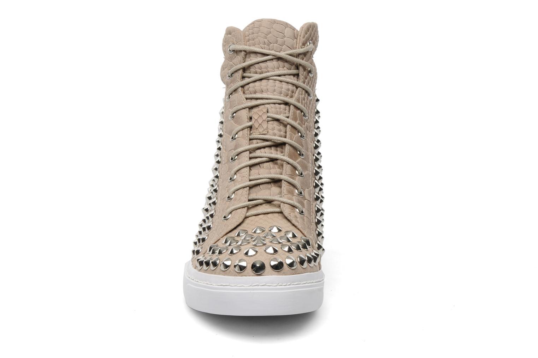 Sneaker Jeffrey Campbell Alva-Hi beige schuhe getragen