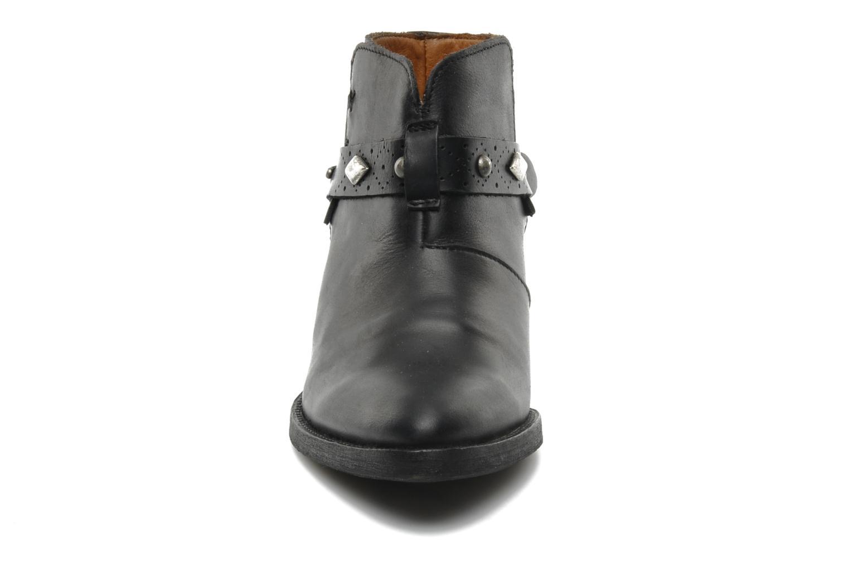 Bottines et boots Koah Carly Noir vue portées chaussures