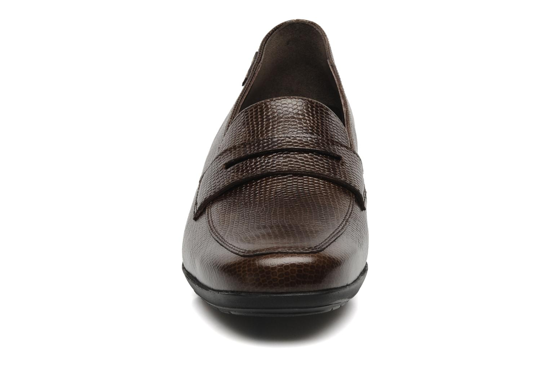 Mocassins Mephisto Kinga Marron vue portées chaussures