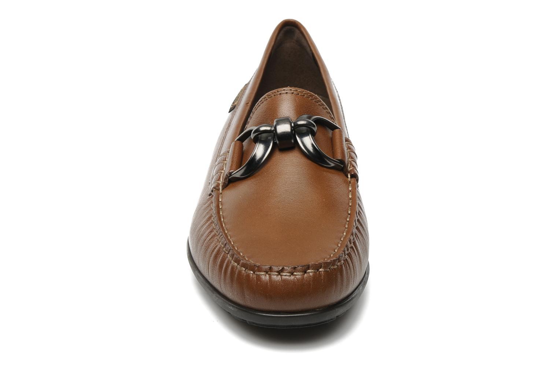 Mocassins Mephisto Debbie Marron vue portées chaussures