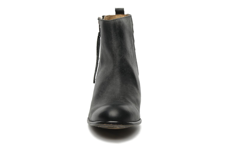 Bottines et boots Valensi Bulldog Noir vue portées chaussures