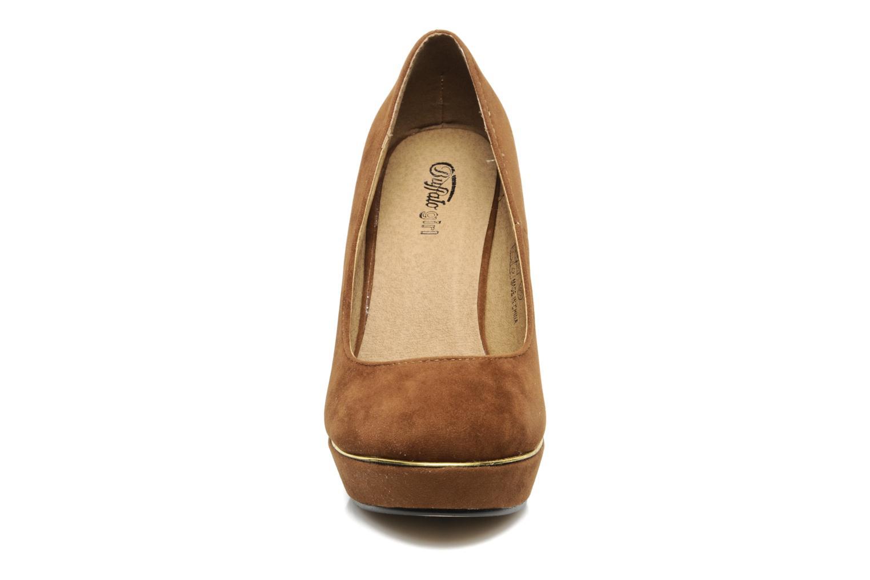 Escarpins Buffalo Bonifa Marron vue portées chaussures