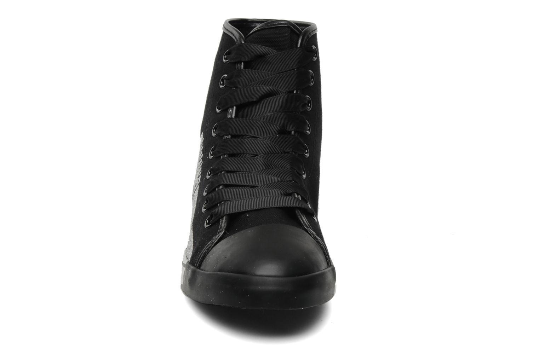 Baskets Be&D Wingtip Noir vue portées chaussures