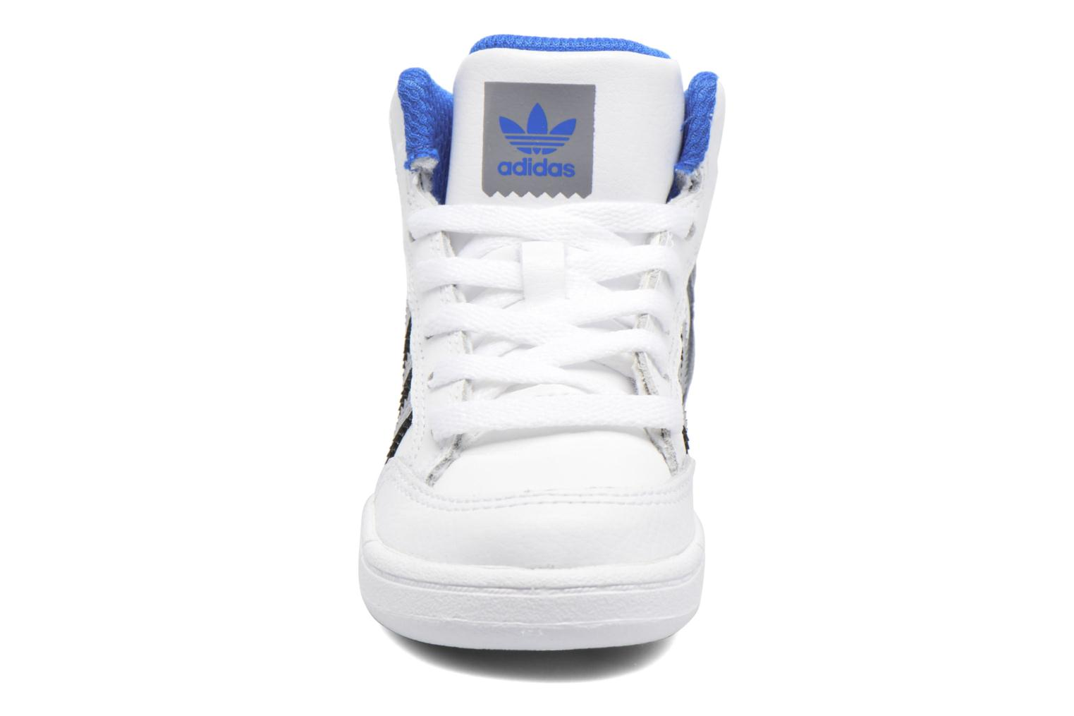 Trainers Adidas Originals Varial Mid I White model view