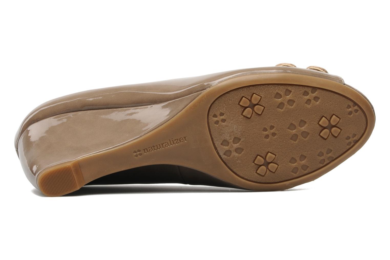 Zapatos de tacón Naturalizer BRYLIE Beige vista de arriba