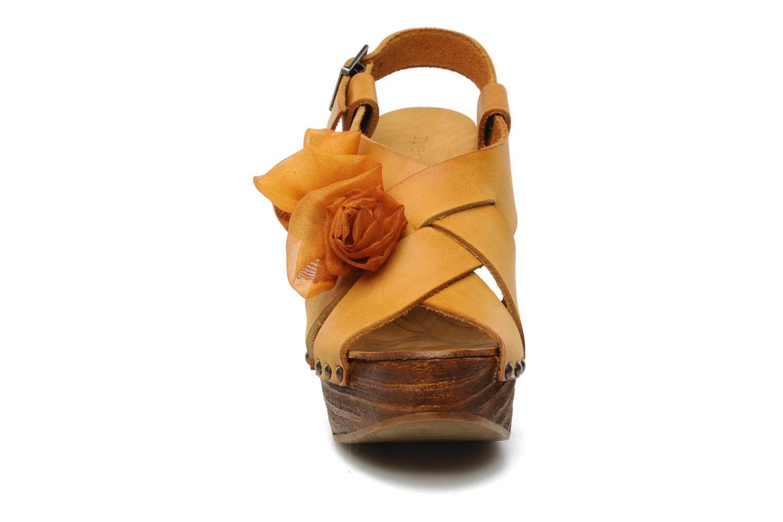 Sandales et nu-pieds Neosens Carina 173 Orange vue portées chaussures
