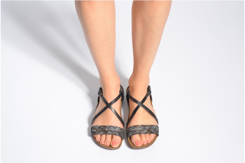Sandales et nu-pieds Kickers Atomium Noir vue bas / vue portée sac