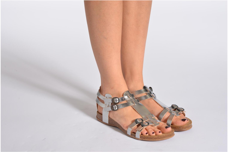 Sandales et nu-pieds Kickers Ana Noir vue bas / vue portée sac