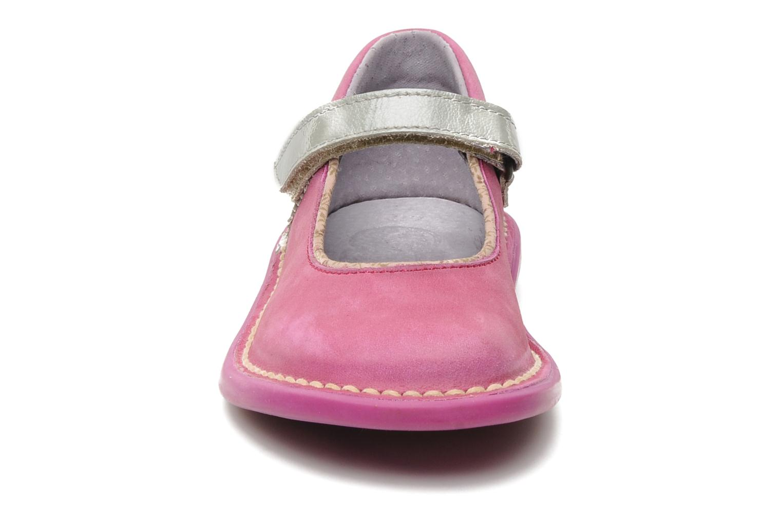 Ballerines Kickers MADELYN Rose vue portées chaussures